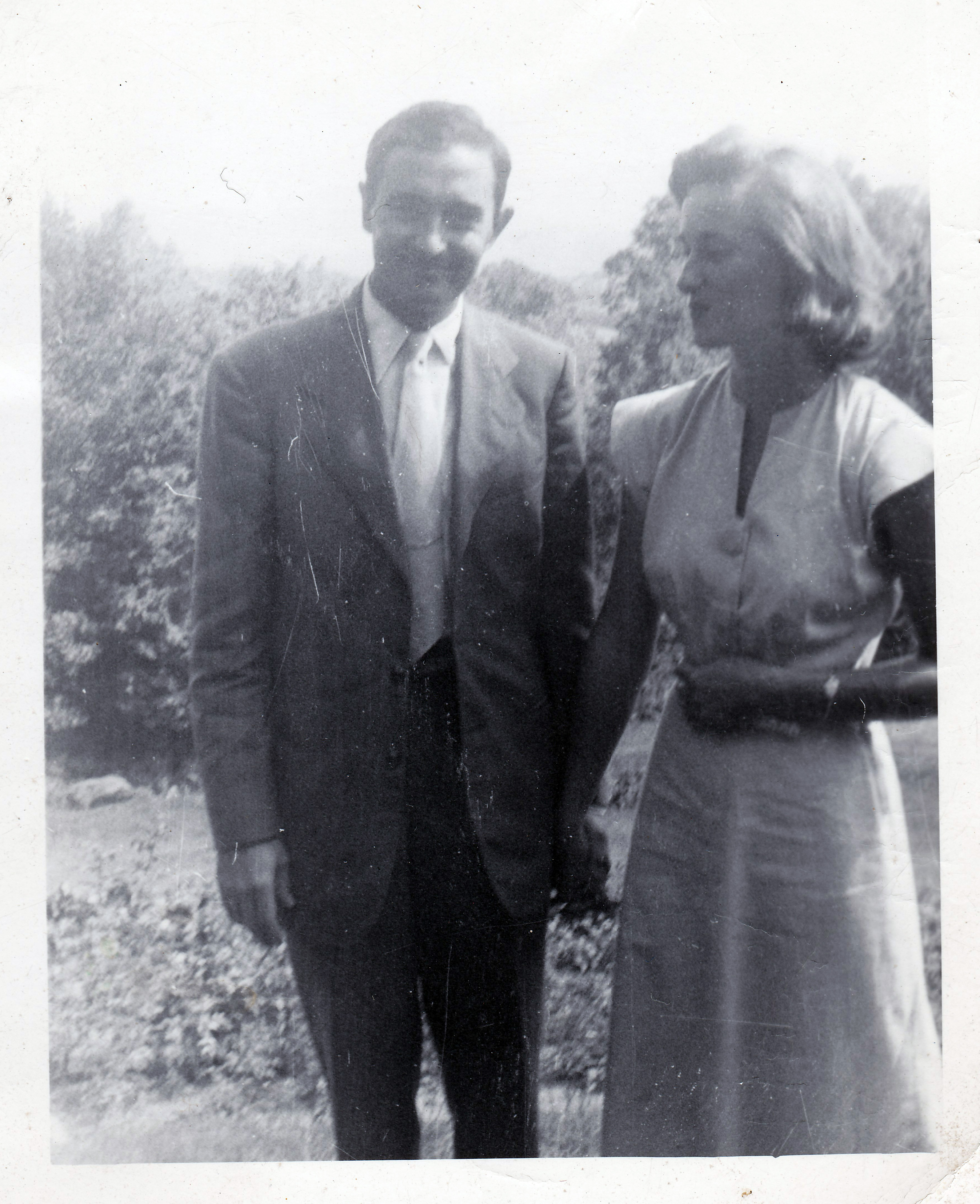 Andy & Linda Alardt Summer 1948 2